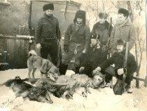 Бригада охотников районного общества после удачной охоты