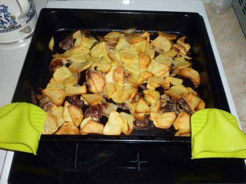 Уточки под картошечкой.
