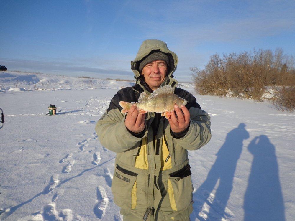 Увлёкся рыбалкой.