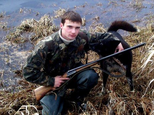Мой лучший друг. Жаль что этой собаки нет на этом свете но в памяти он останется на всегда!!!!!! Бим - помесь русско-европейской лайки и немецкой овчарки.
