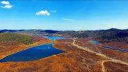 Красота озер в горах Алтая