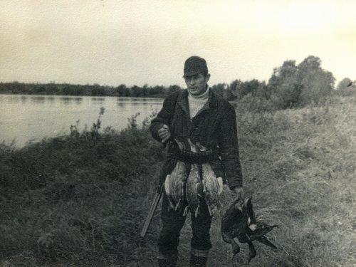 Отец на охоте в 70-х