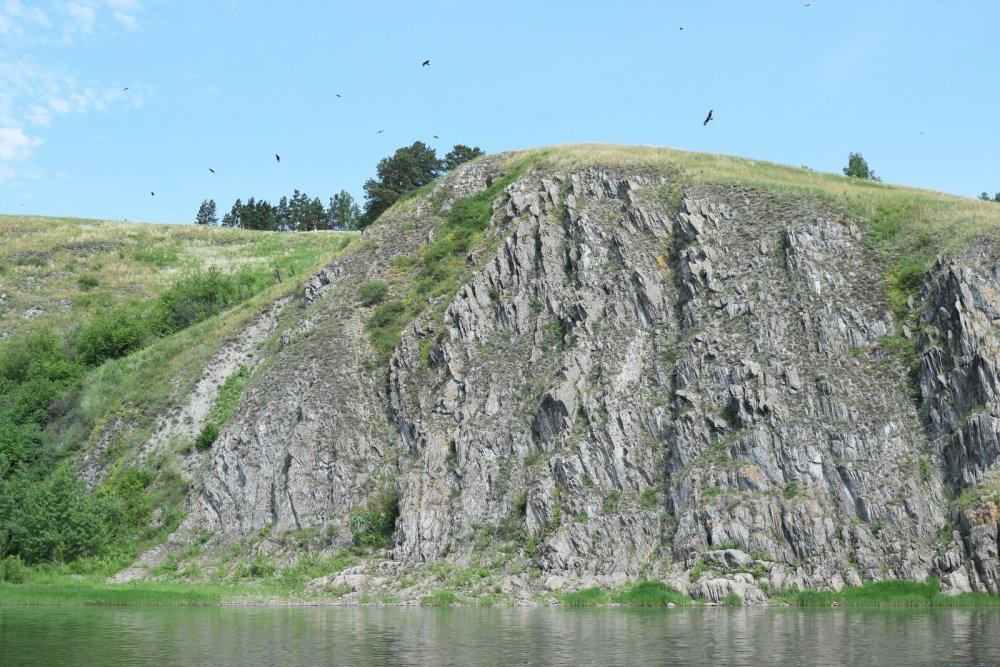 Скалы над Томью.