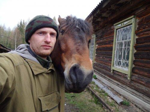 Сэлфи с конем)))