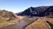 Весенняя река Катунь в Горном Алтае
