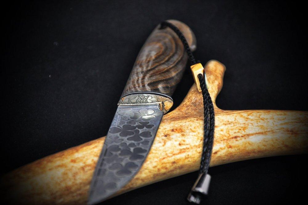 "Нож ""Серый клевер"""