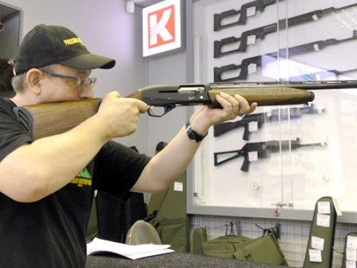 Эксперт по охотничьему оружию Концерна «Калашников» отвечает на вопросы о новинках на базе МР 155