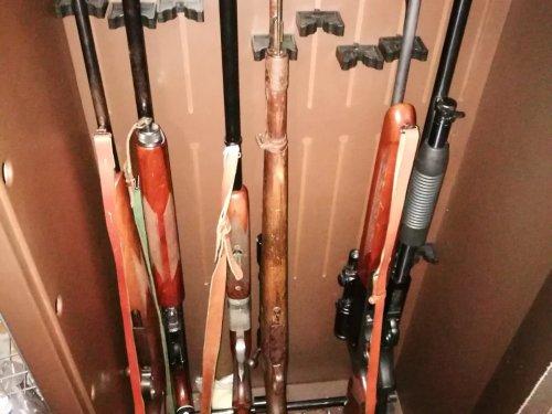 Вот так выглядит арсенал  моего коллеги по охоте.