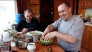 Шашлык в маринаде (гранат, киви)
