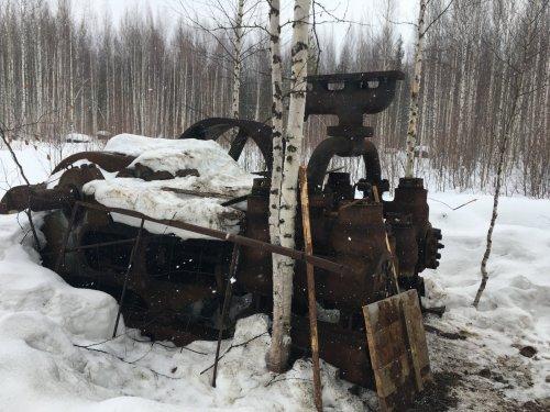 Брошенное оборудование для добычи нефти