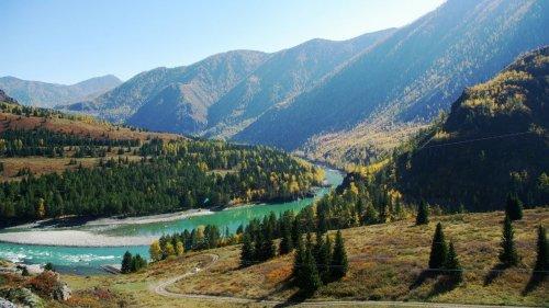 Урсул - река, где ловят хариуса в Горном Алтае