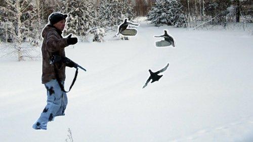 Поиск косачей и свежих лунок. Много стрельбы. Привал с костром. Охота на лунках.