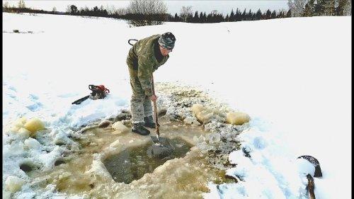 В поисках замора рыбы. Эксперименты на озере.