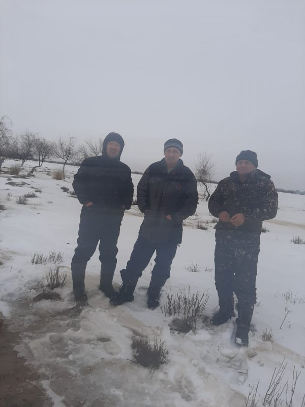 На наших зимних речках -4
