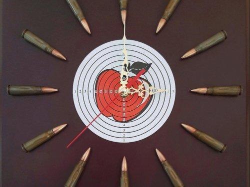 Часы для стрелков-охотников ручной работы