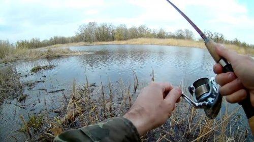 Ловля на пробку и ловля щуки на спиннинг. СЕКРЕТ  КЛЁВА  рыбы.